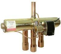 061L1147 STF-0208G Клапан реверсивный четырехходовой Danfoss